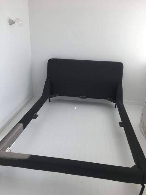 tapiterie canapea de colt
